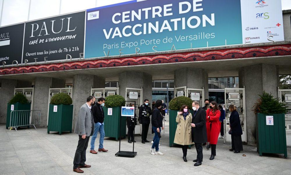 "Moins de 50 ans : quels risques avec les ""vaccins"""